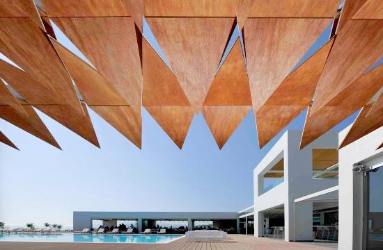 Αυτά είναι τα 15 καλύτερα ξενοδοχεία στην Ελλάδα για το 2017