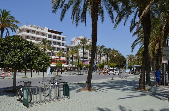 Ίμπιζα: Δυσβάσταχτες οι συνέπειες του κορωνοϊού στα ξενοδοχεία - Πωλητήριο σε 30 ξενοδοχεία τις τελευταίες ημέρες