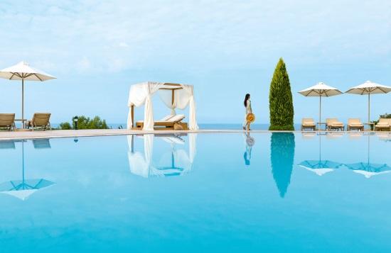 53 ελληνικά ξενοδοχεία στα HolidayCheck Award 2017- Top στον κόσμο το Ikos Olivia- 7 στην Κύπρο