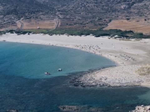 Ίος: Χώρος για τα επαγγελματικά σκάφη αναψυχής