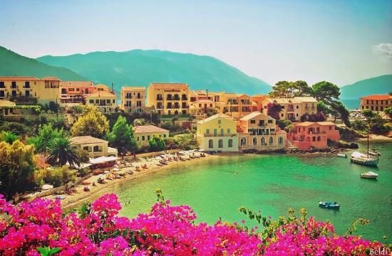 Μελέτη ΓΣΕΕ: Σημαντικός ο τουρισμός, υστερεί στις εγχώριες κλαδικές διασυνδέσεις