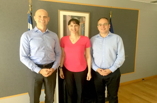 Συνάντηση Κουντουρά με στελέχη της Fraport Greece