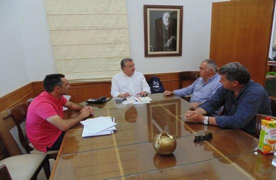 Κρήτη: Συνάντηση Αρναουτάκη με το Σωματείο Ξενοδοχοϋπαλλήλων Ηρακλείου