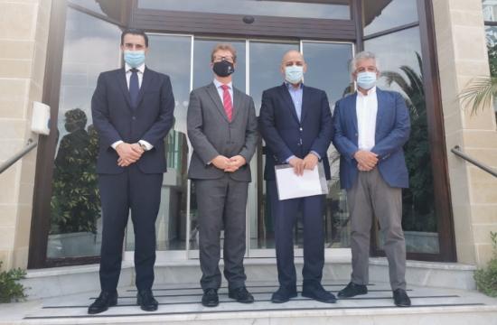 Κύπρος: Συνάντηση ΠΑΣΥΞΕ με τον Ύπατο Αρμοστή του Ην. Βασιλείου