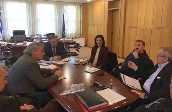 Τουριστικά λεωφορεία: Συναντήσεις των οδηγών στα υπουργεία Υποδομών & Εργασίας