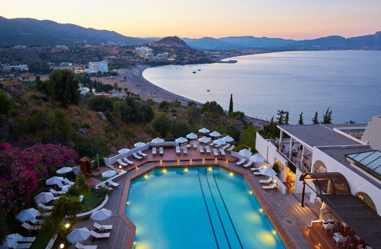 11 ελληνικά ξενοδοχεία έλαβαν το κορυφαίο βραβείο TUI Holly για το 2019- Δείτε ποια