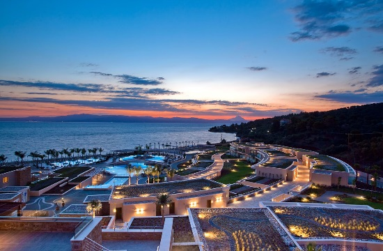 H Daily Mail αποθεώνει το ξενοδοχείο Miraggio Thermal Spa Resort