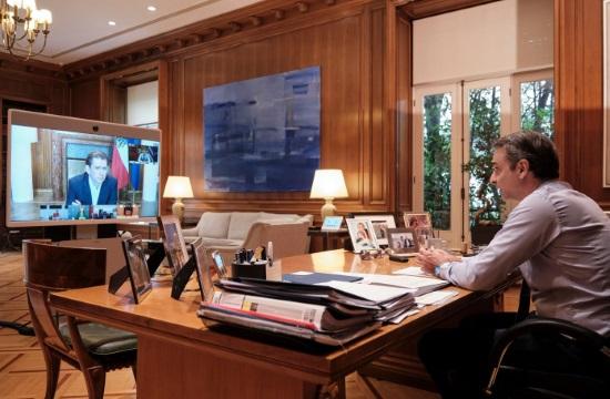Δειγματοληπτικά τεστ στους τουρίστες- τηλεδιάσκεψη με τους ηγέτες 7 χωρών