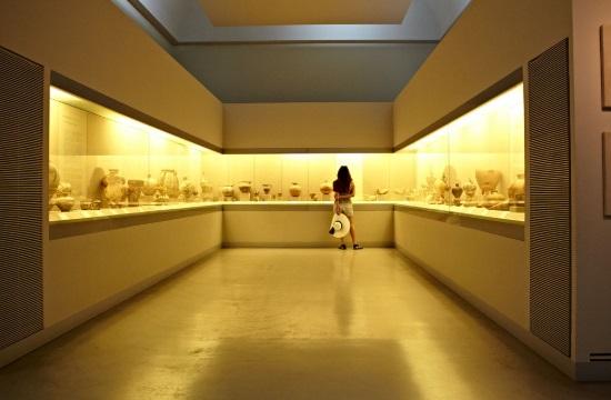 Eπιστροφή κλεμμένου αγαλματίου στο Μουσείο Προϊστορικής Θήρας