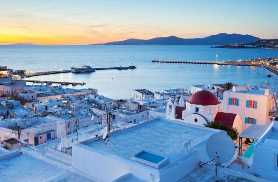 Ελληνικό νησί στους 10 κορυφαίους προορισμούς στον κόσμο για διακοπές στο στυλ των διασήμων