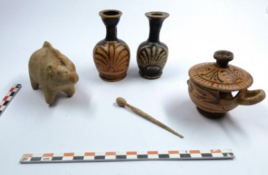 Νεκροταφείο προϊστορικών και ιστορικών χρόνων στο Αλιβέρι Eύβοιας