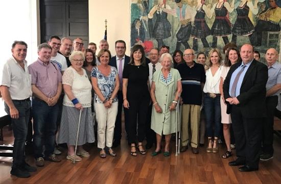 Η Ρόδος τιμά τους λάτρεις του νησιού από τη Σουηδία και τη Γερμανία