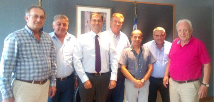Συνάντηση Θεοχάρη με το Συντονιστικό Όργανο των Ομοσπονδιών Τουριστικών Καταλυμάτων