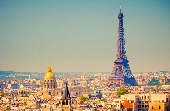 Μειωμένος ο τουρισμός στο Παρίσι το α' εξάμηνο - Ποιοι παράγοντες έριξαν τις διανυκτερεύσεις