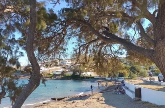 Μια ήσυχη παραλία μια ανάσα από την Αθήνα: Η άγνωστη μικρή παραλία στην Αττική