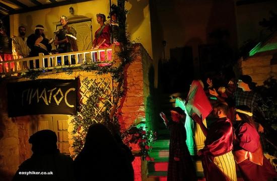 H Huffington Post παρουσιάζει το Πάσχα στην Πάρο