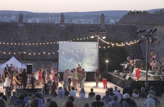 Ημέρα γαλλοφωνίας TV5MONDE στο Πεδίον του Άρεως με Χορό Περνέτ