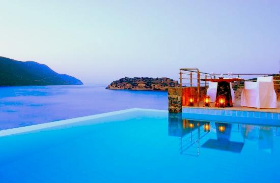 Weather Channel: 11 απίστευτες πισίνες στον κόσμο - η μία στην Κρήτη