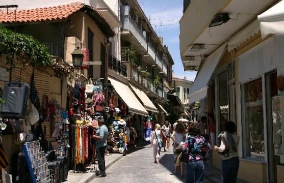 Άκης Τσελέντης: Να αποψιλωθεί η Αθήνα από τα παλιά σπίτια