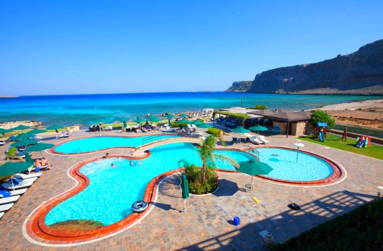 Τα 11 καλύτερα μπαρ ξενοδοχείων με πισίνα στον κόσμο - το ένα στη Ρόδο