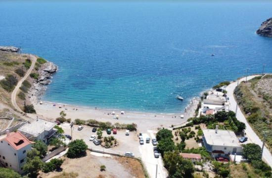 Παραλίες με εύκολη πρόσβαση και άνετο πάρκινγκ στην Αττική