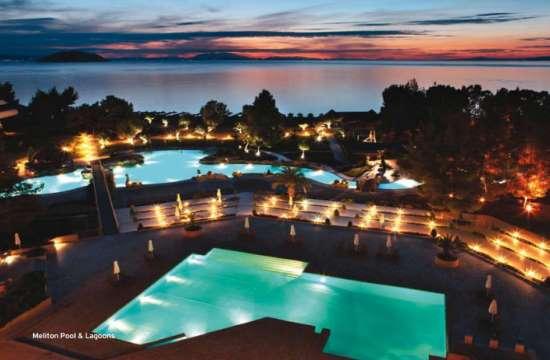 Ανοίγει τον Ιούνιο το Porto Carras Grand Resort - ποιες εγκαταστάσεις έχουν ανανεωθεί