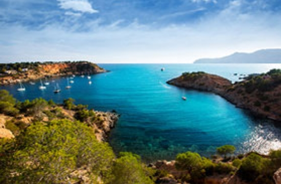 Ritz-Carlton: Πολυτελείς κρουαζιέρες από το 2020 και στην Ελλάδα