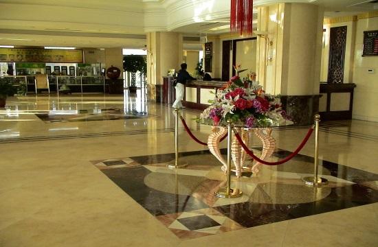 Τροπολογία: Παρατείνονται αυτόματα για δυο χρόνια οι μισθώσεις ξενοδοχείων και καταλυμάτων