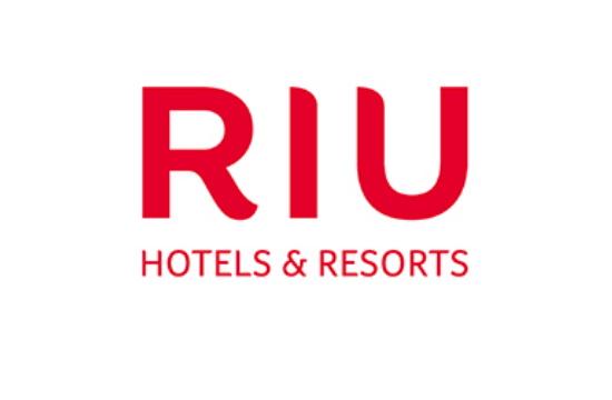 Η TUI πούλησε το χαρτοφυλάκιο των RIU αλλά διατηρεί τη λειτουργία και το μάρκετινγκ