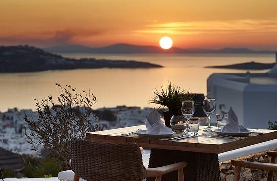 Tripadvisor: Αυτά είναι τα 10 καλύτερα ρομαντικά εστιατόρια στην Ελλάδα για το 2021