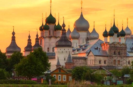 Κορωνοϊός: Κλείνουν ξενοδοχεία και στη Ρωσία