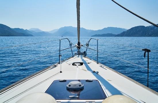 Επαγγελματικά τουριστικά ημερόπλοια: Οι οδηγίες πρόληψης και αντιμετώπισης κρουσμάτων COVID-19