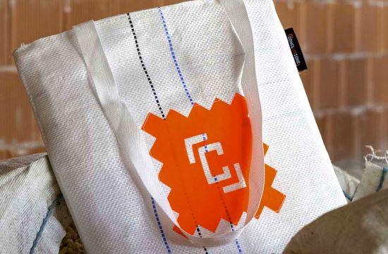 Η ελληνική Salty Bag σχεδιάζει τις τσάντες των συνέδρων του TEDxAthens