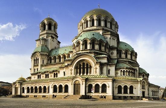 Μεγάλη μείωση στις αφίξεις ξένων τουριστών και τον Μάρτιο στη Βουλγαρία