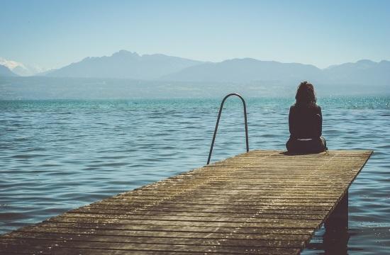 Η μοναξιά την εποχή του κορωνοϊού δημιουργεί νέες κυβερνητικές προτεραιότητες
