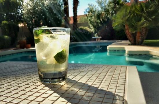 Οι τουρίστες ζητούν πολυτελή σπίτια με πισίνα στη Βαρκελώνη
