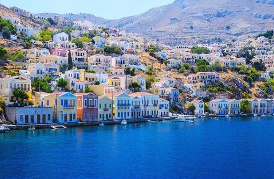 Δήμαρχος Σύμης: «Βουλιάζει» ο τουρισμός στο Αιγαίο λόγω των τουρκικών παραβιάσεων