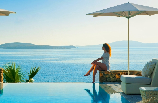 ΤτΕ: Σε 5 περιφέρειες το 87,5% των τουριστικών εισπράξεων το 2016! - Τί ξόδεψαν οι τουρίστες