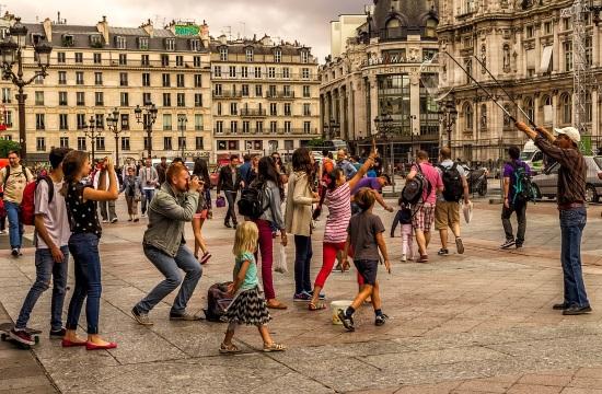 Τουρισμός: Οι Ιάπωνες οι πιο δημοφιλείς τουρίστες στην Ευρώπη- Ποια είναι η γνώμη για Βρετανούς και Γερμανούς