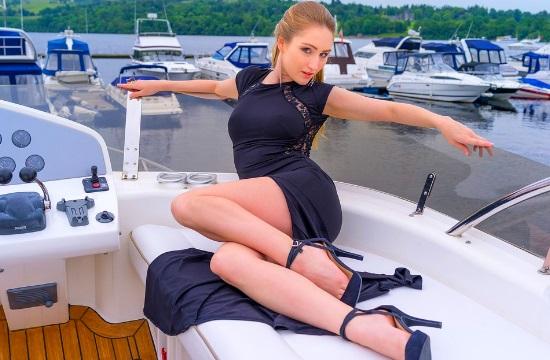 Τα ρούχα ...κάνουν τις διακοπές- τι δείχνει έρευνα της Booking.com