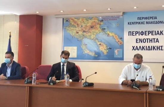 Χ.Θεοχάρης: Ειδική τουριστική προβολή για τις περιοχές με περιοριστικά μέτρα- στο 30% οι αφίξεις