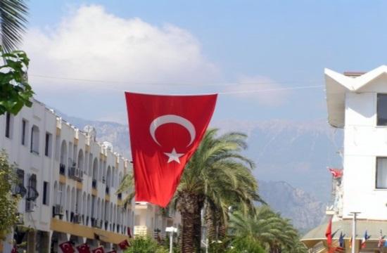 Βουτιά της τουρκικής λίρας κατά 13,5%