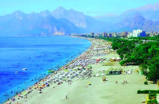 Τουρκικός Τουρισμός: +36,9% τα τουριστικά έσοδα στο 6μηνο