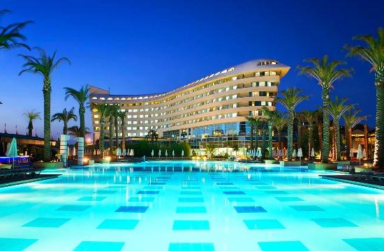 Τουρκικός τουρισμός: -12% οι τιμές των ξενοδοχείων το 2017