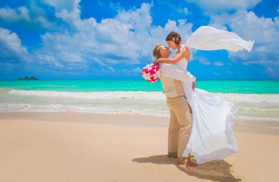 Γαμήλιος τουρισμός: Η Ελλάδα πρώτη στις ταξιδιωτικές προτιμήσεις των ζευγαριών στη Βρετανία