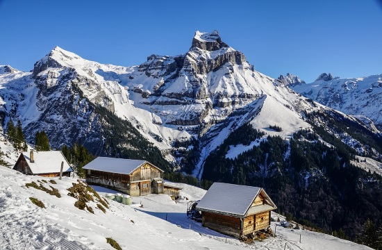 Κορωνοϊός: Ομαδική αγωγή κατά της Αυστρίας από τουρίστες χιονοδρομικών κέντρων