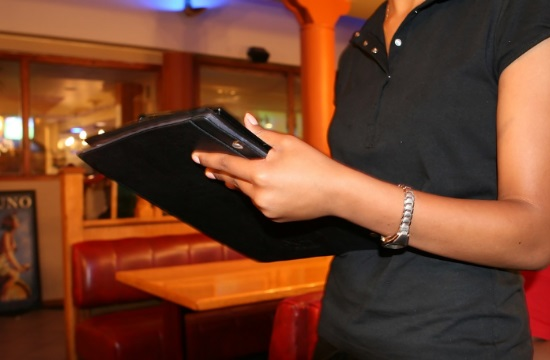 ΚΥΑ: Ποιες επιχειρήσεις μπορούν να ζητήσουν αναστολή των συμβάσεων εργασίας των εργαζομένων τους για τον Μάρτιο