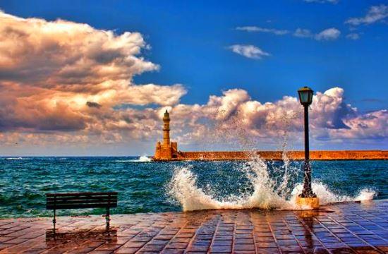 Άδειες για νέες τουριστικές κατοικίες σε Χανιά, Σύβοτα και Αλμωπία