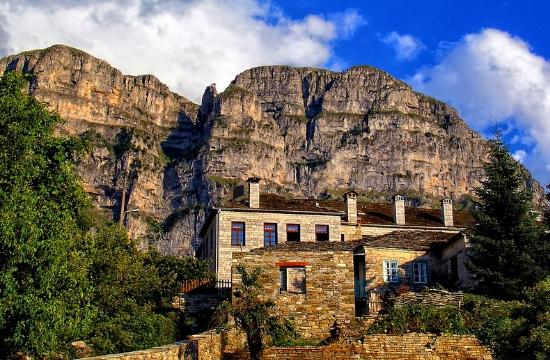 Άδειες για νέες τουριστικές κατοικίες σε Πάπιγκο, Σητεία και Λευκάδα.