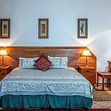 Επιχορηγήσεις για 2 ξενοδοχεία σε Μήλο και Κίμωλο